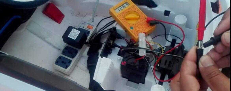 como verificar si el cargador de una bateria de coche de niño esta en buen estado