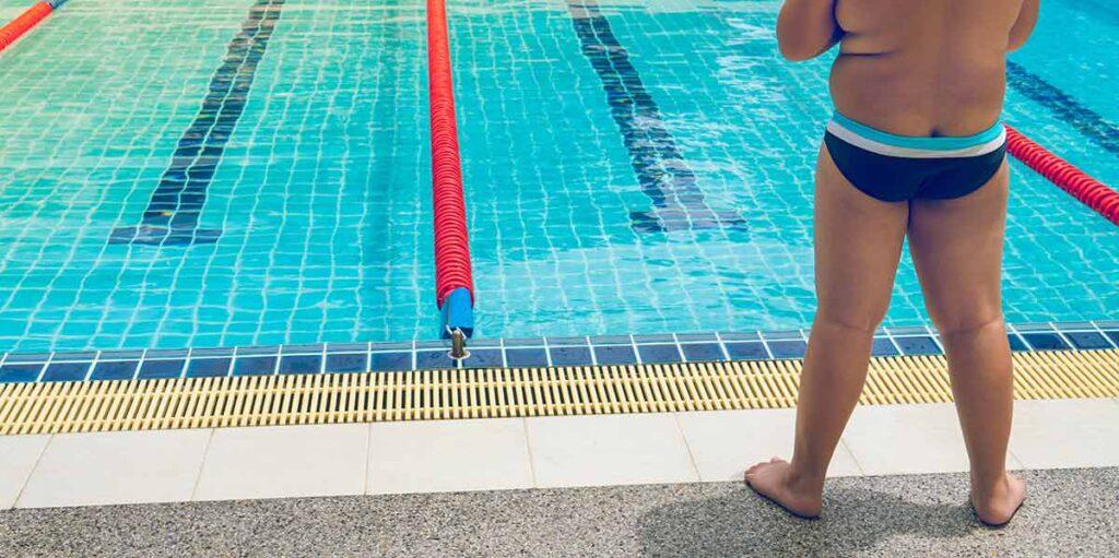 cuantas calorias se queman nadando
